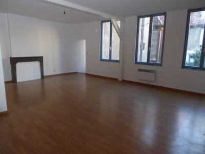 location appartement f3 besancon centre ville aici. Black Bedroom Furniture Sets. Home Design Ideas