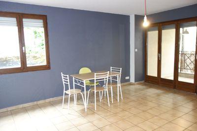 location appartement f2 besancon centre ville aici. Black Bedroom Furniture Sets. Home Design Ideas