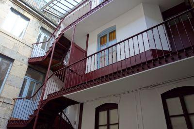 location appartement f3 duplex besancon centre ville aici. Black Bedroom Furniture Sets. Home Design Ideas