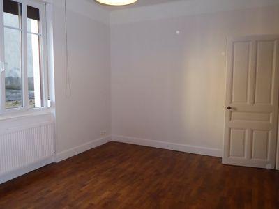 location appartement f2 besancon quartier chaprais aici. Black Bedroom Furniture Sets. Home Design Ideas