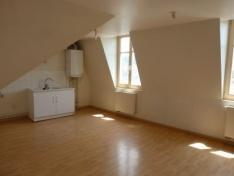 Appartement F3 - BESANCON CENTRE VILLE - BAS DE BATTANT