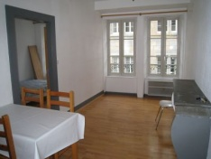 Appartement F2 - BESANCON QUARTIER BATTANT